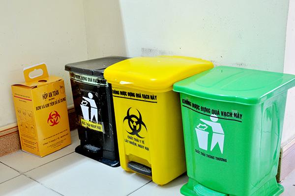 Quy định màu sắc của thùng chứa rác thải y tế