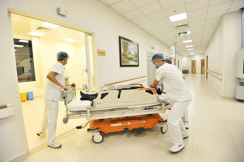 Sử dụng máy hút dịch trong ICU